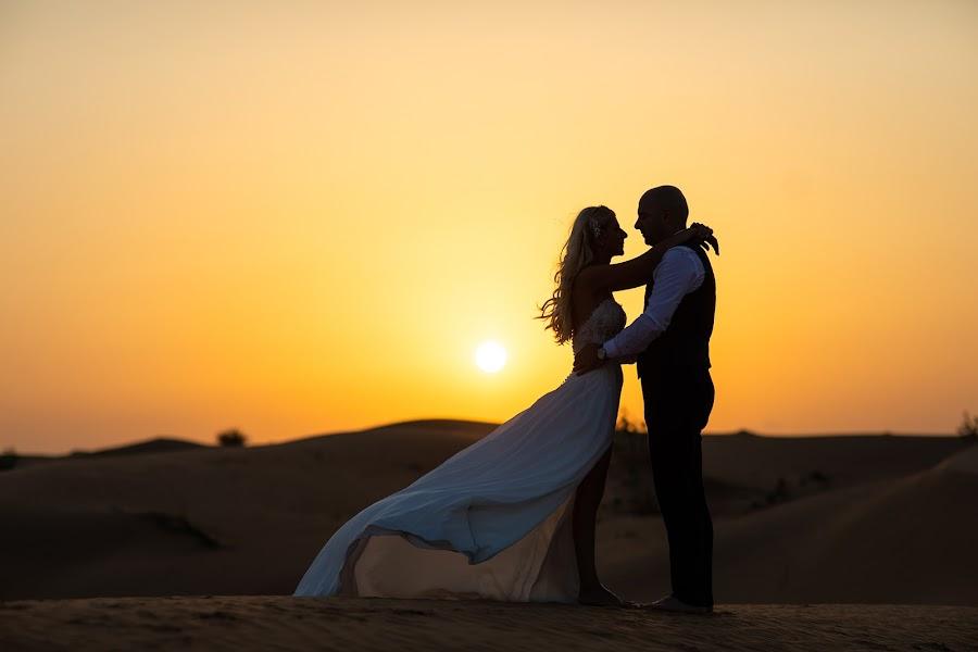 ช่างภาพงานแต่งงาน Filip Prodanovic (prodanovic) ภาพเมื่อ 10.11.2018