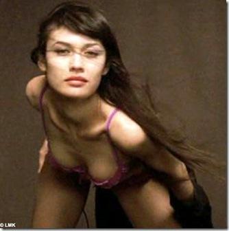 Olga Kurylenko past photo