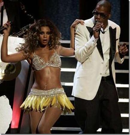 Beyonce  Kissing on Beyonce Jay Z Kiss   Zimg