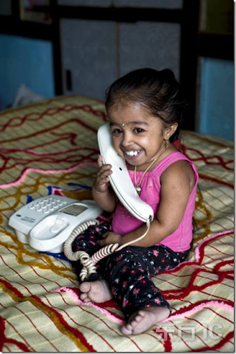 world smallest girl Jyoti Amge  photo picture2