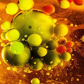 by Jean-marc Payet - Abstract Macro ( bulle, dream, colors, huiles, art, globules, macro, globule, univers, huile, color, buble, planète )