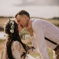 Wedding photographer Katerina Karpeshova (Eska). Photo of 09.08.2019