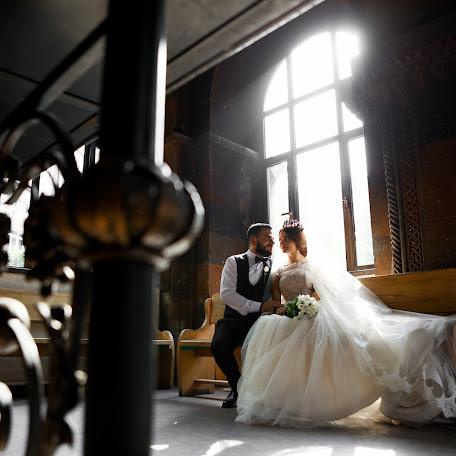 Wedding photographer Aram Melikyan (Arammelikyan). Photo of 25.01.2018