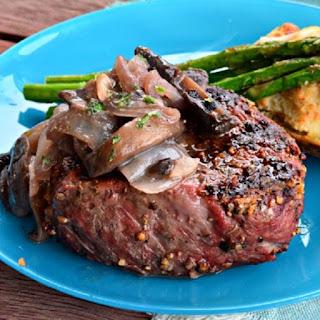 Slow Cooker Mushroom-Onion Sauced Beef Steak
