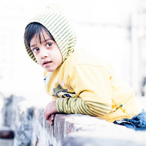 Cutie in the neighborhood  by Shikhar Sharma - Babies & Children Child Portraits ( sweet, candid, portrait, kid, eyes )
