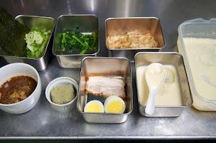 黒龍醤油麺・材料