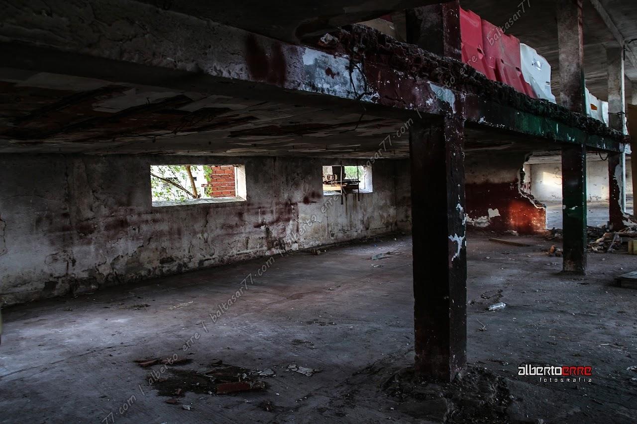 granja abandonada vicasan