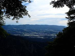 切り開きからの展望(左に木曽御嶽山など)