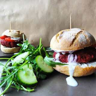 Vegan Beetroot Burgers.