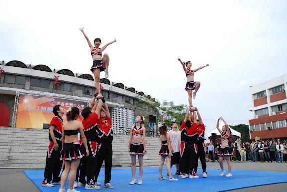 cheer leading-5.JPG