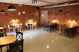 Ресторан Entry Coffeeshop & Wine