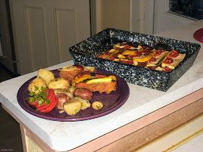 Photo: Cukinia zapiekana z mielonym mięsem i pomidorami (podana z młodymi ziemniakami) 18