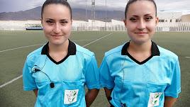 Andrea y Marta llegaron juntas al Colegio de Árbitros hace tres años.