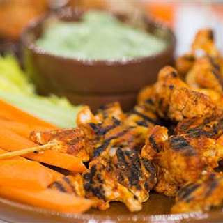 Low-Calorie Buffalo Wing Kebabs with Avocado Ranch Dip