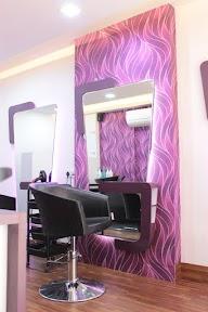 FRINGE The Salon & Spa photo 3