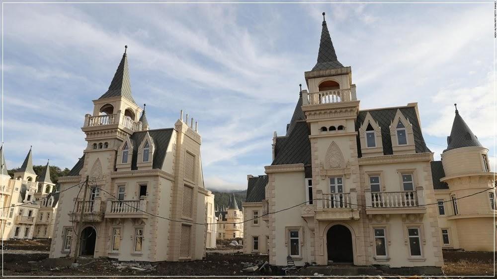 Burj Al Babas, a cidade dos castelos abandonados