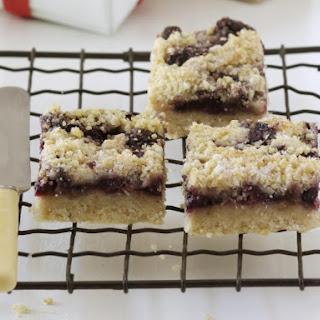 Cherry Crumble Shortcake