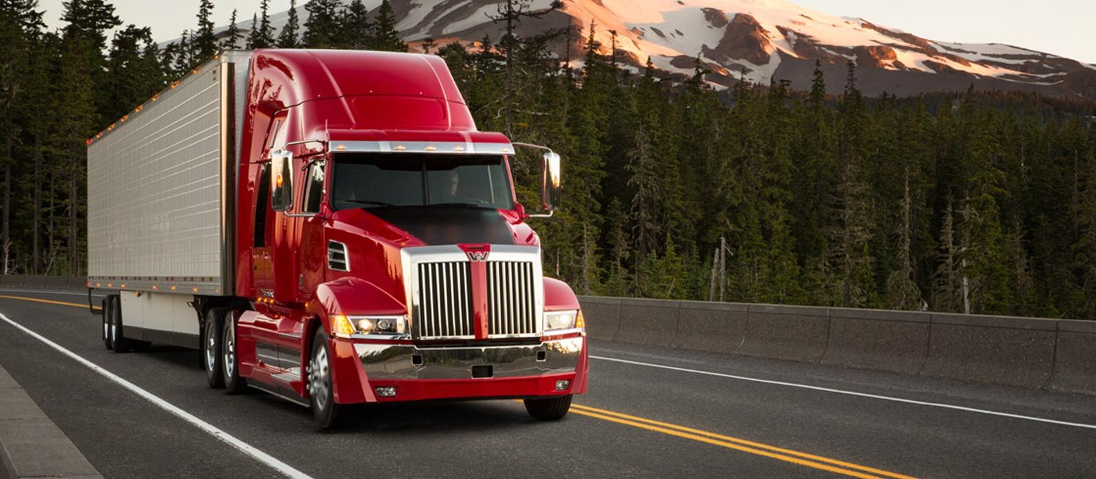 Bạn cần biết về nghề lái xe tải ở Canada