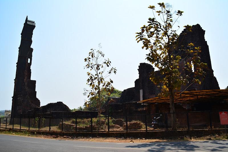 Rovine di Goa (india) di alegio89