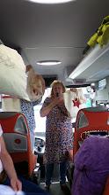 Photo: Annik & co viser bomullpose vi fikk