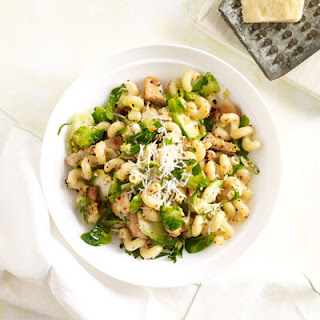 Pasta with Chicken and Brussels Sprouts