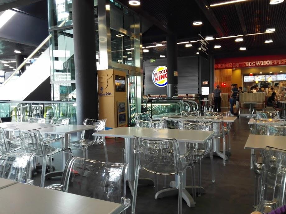 Foto Centro Comercial A Laxe 6
