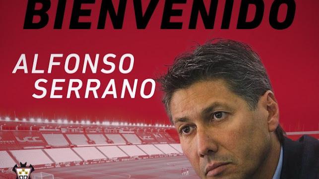 Alfonso Serrano llega a los despachos del Carlos Belmonte.