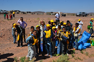 Photo: Cleaning activities with school children in Ouarzazate on Earth day 2012