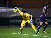 Charleroi haalt jonge doelman Descamps weg bij PSG