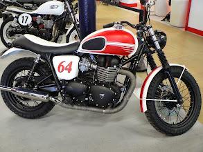 Photo: Triumph Bonneville préparée par Elysee motor Paris