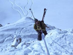 Photo: Xav descend vers la neige fraîche