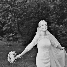 Wedding photographer Larisa Lanska (llanska). Photo of 14.04.2013