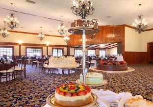 Photo: Elegant dessert station