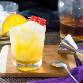 Stone Sour - Amaretto Cocktail Recipe