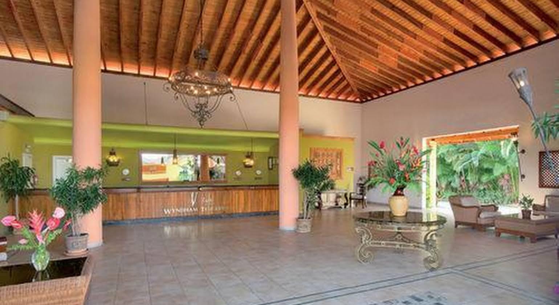 Viva Wyndham Tangerine Resort