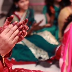 Wedding ceremony by Anurag Bhateja - Wedding Ceremony ( mehndi, hands, wedding, hina, groom hands, groom hina, indian wedding, clapping )