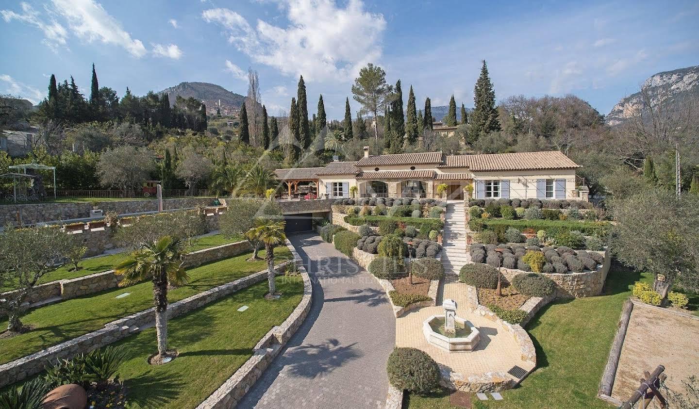 Villa avec piscine et terrasse Le Bar-sur-Loup