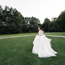 Wedding photographer Pavel Nenartovich (nenik83). Photo of 13.03.2018