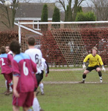 Photo: 30/12/06 v Pitstone & Ivinghoe (SML Division 2) 3-0 - contributed by Paul Roth