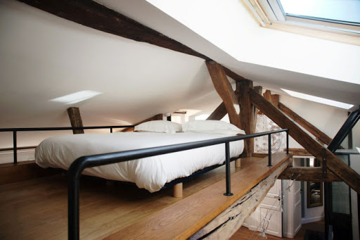 apartment in st germain bedroom