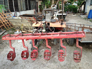 Photo: Row weeder used by villagers.