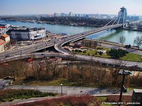 Photo: a ronda (?) új híd (autópálya szeli ketté a várost, rázza szét az épületeket)