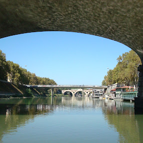 Bridges in Rome by Yury Tomashevich - Buildings & Architecture Bridges & Suspended Structures ( water, rome, bridge, bridges, italy,  )
