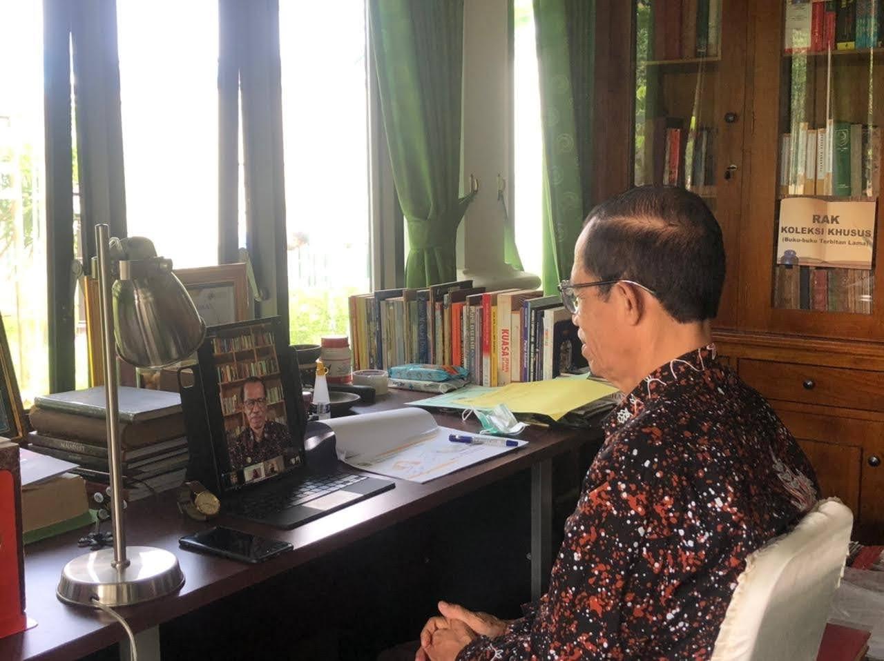 Bupati Magetan Suprawoto Berperan Sebagai Narasumber Webinar Indonesia