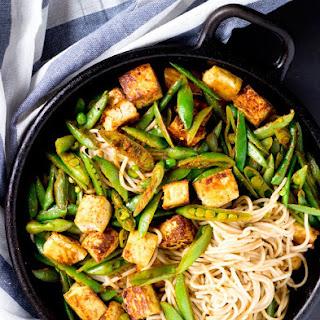 Chinese Tofu Veggie Chow Mein {Gluten-Free, Vegan}