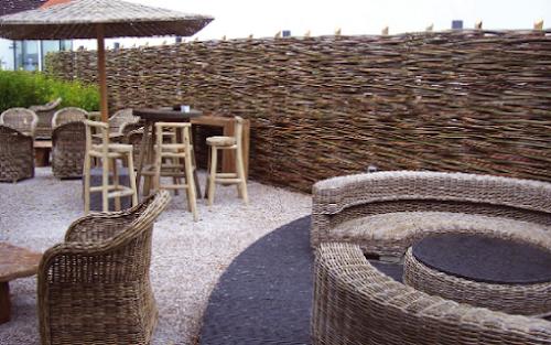 Photo Three Lounge