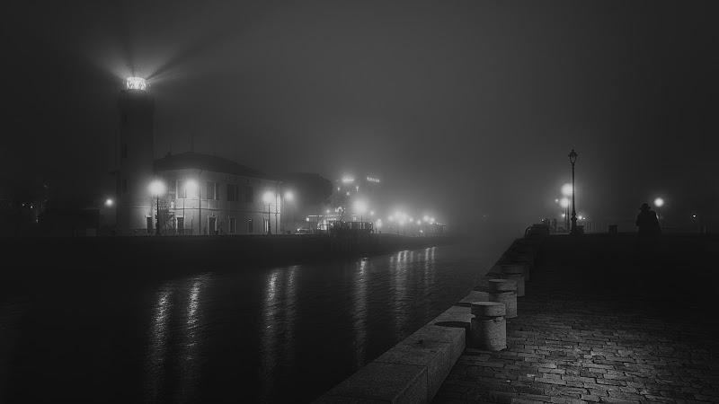 Ombre nella nebbia di Alessandro Alessandri