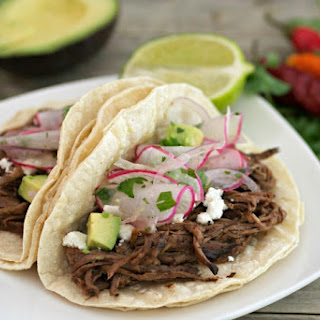 Slow Cooker Cholula Shredded Beef Tacos