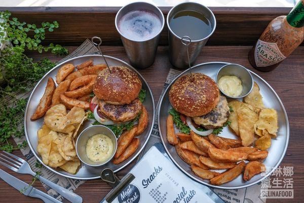 台中美食 先吃肉Meat First漢堡 台中一中街超厚實美式漢堡及獨家醬汁共多達40種搭配組合!隨餐附薯條、地瓜片還可免費續加!