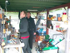 Photo: Erkundungen in der provisorischen Garage.